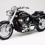 Honda VTX1800 в черном цвете