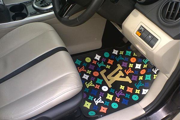 Как выбрать автомобильные коврики?