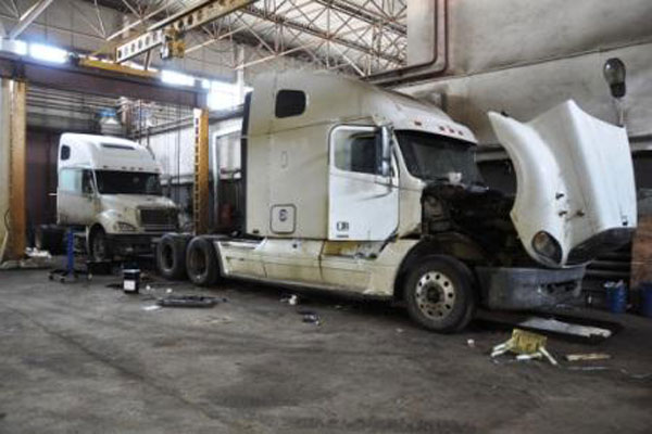 Где ремонтировать грузовой автомобиль (фото-2)