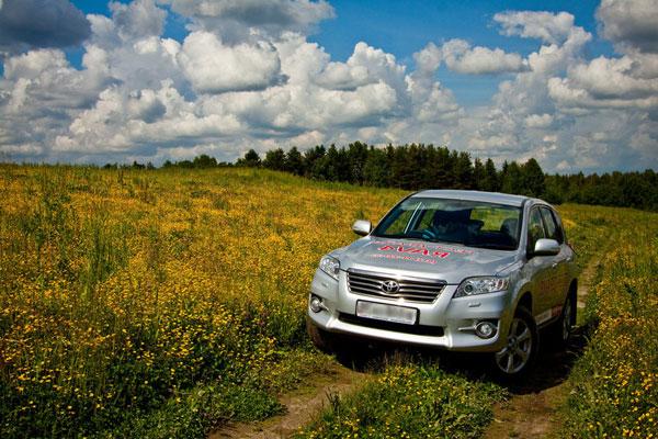 Тест-драйв Toyota RAV4 (фото-2)