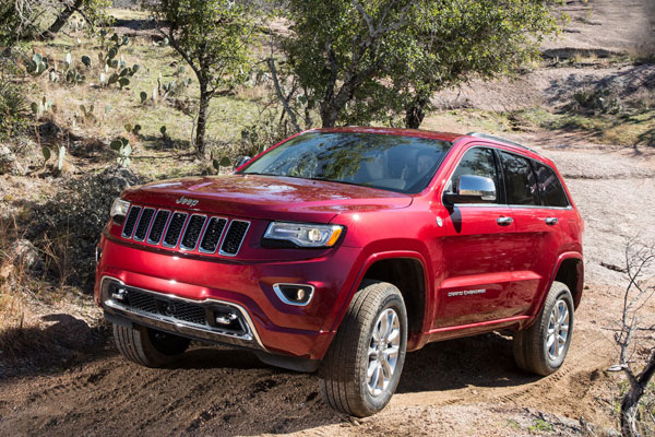 Jeep Grand Cherokee красный