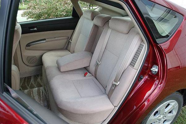 Обзор Toyota Prius третьего поколения (фото-2)