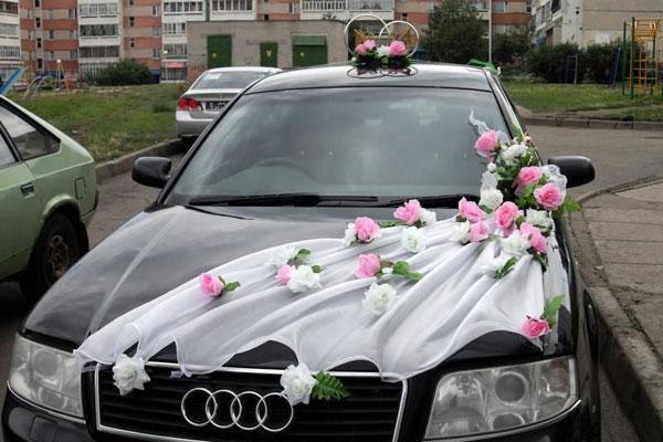 Фото как украсить машину на свадьбу традиционно, креативно