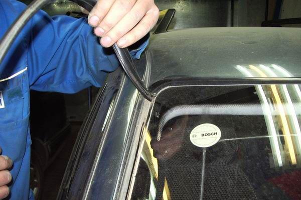 Замена лобового стекла ВАЗ своими руками (фото-2)
