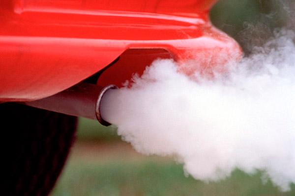 Заборона бензинових автомобілів: чого чекати водіям?