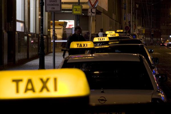 Лучший автомобиль для такси