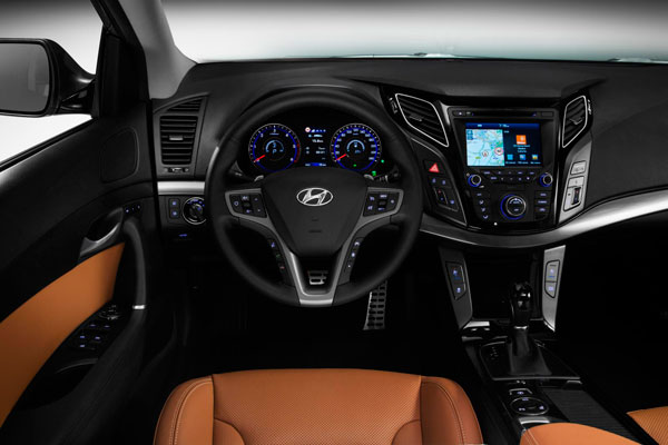 Hyundai i40 фото салона