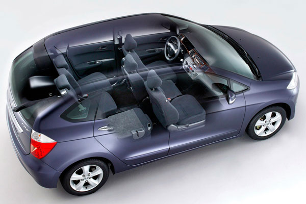 минивэн Honda FR-V
