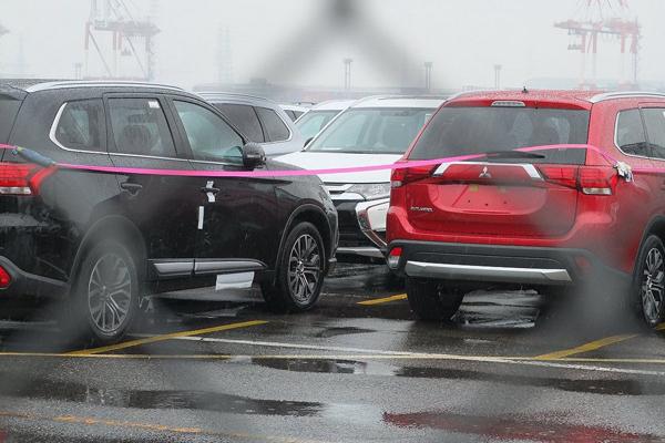 Mitsubishi планирует выпустить модель Outlander c лицом российской Lada