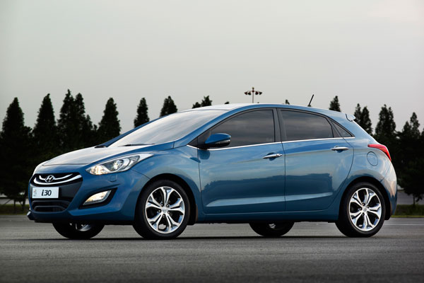 Модель Hyundai i30 фото
