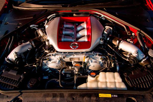 Nissan GT-R фото двигателя