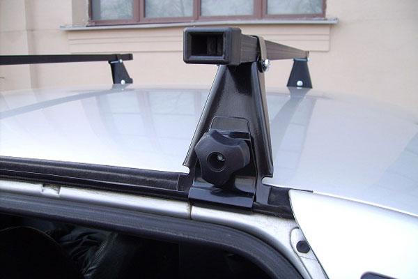 Багажника на крышу автомобиля